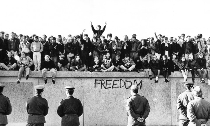 Berlin wall, protest