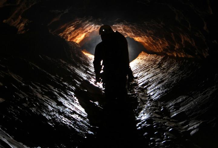 John Hay, Cave